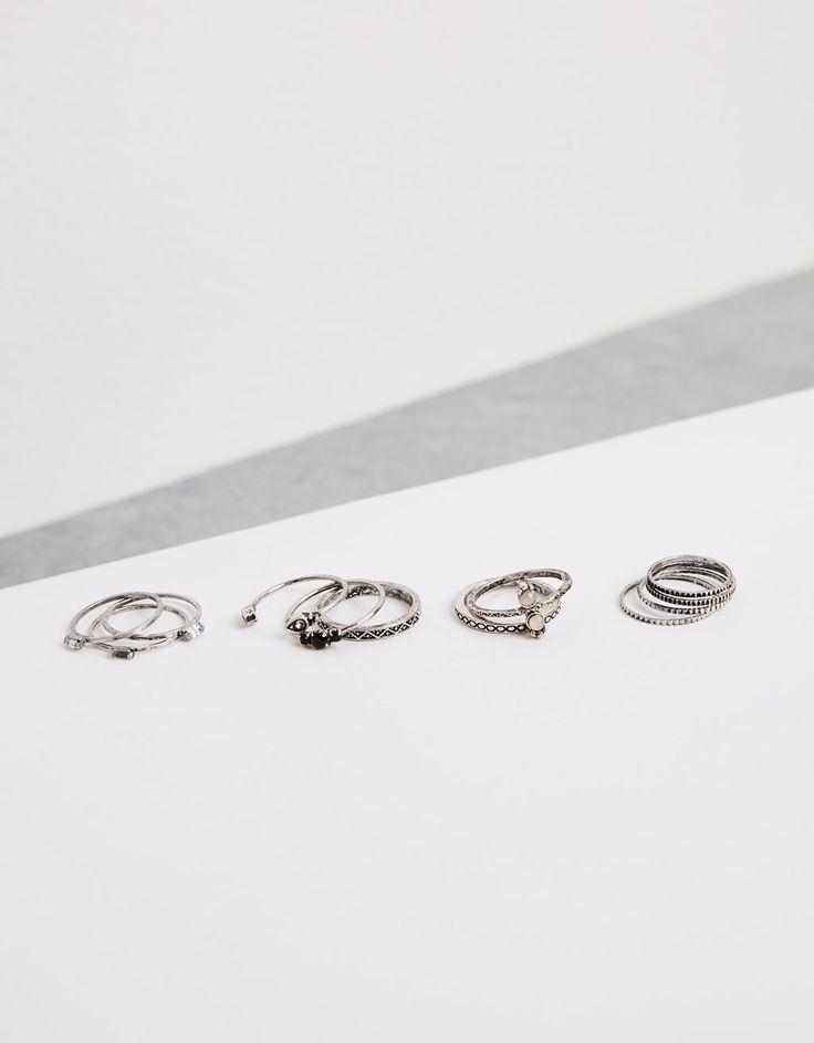 Bershka Portugal - Conjunto 11 anéis gravados