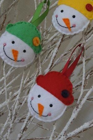 Felt snowman ornament by dianne