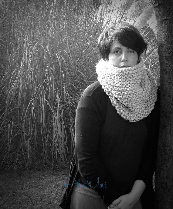 scarf chunky Sciarpa realizzata con lana molto grossa calda e morbida https://www.etsy.com/it/listing/205383939/sciarpa-lana-grossa-light-grey-grigio?ref=shop_home_feat_4