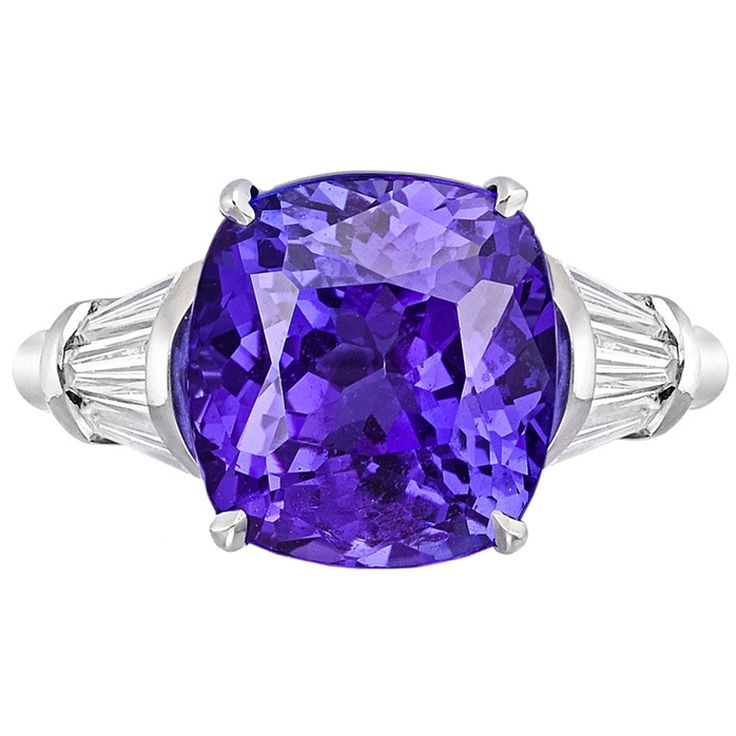 Exquisite Cushion-Cut Tanzanite & Diamond Ring