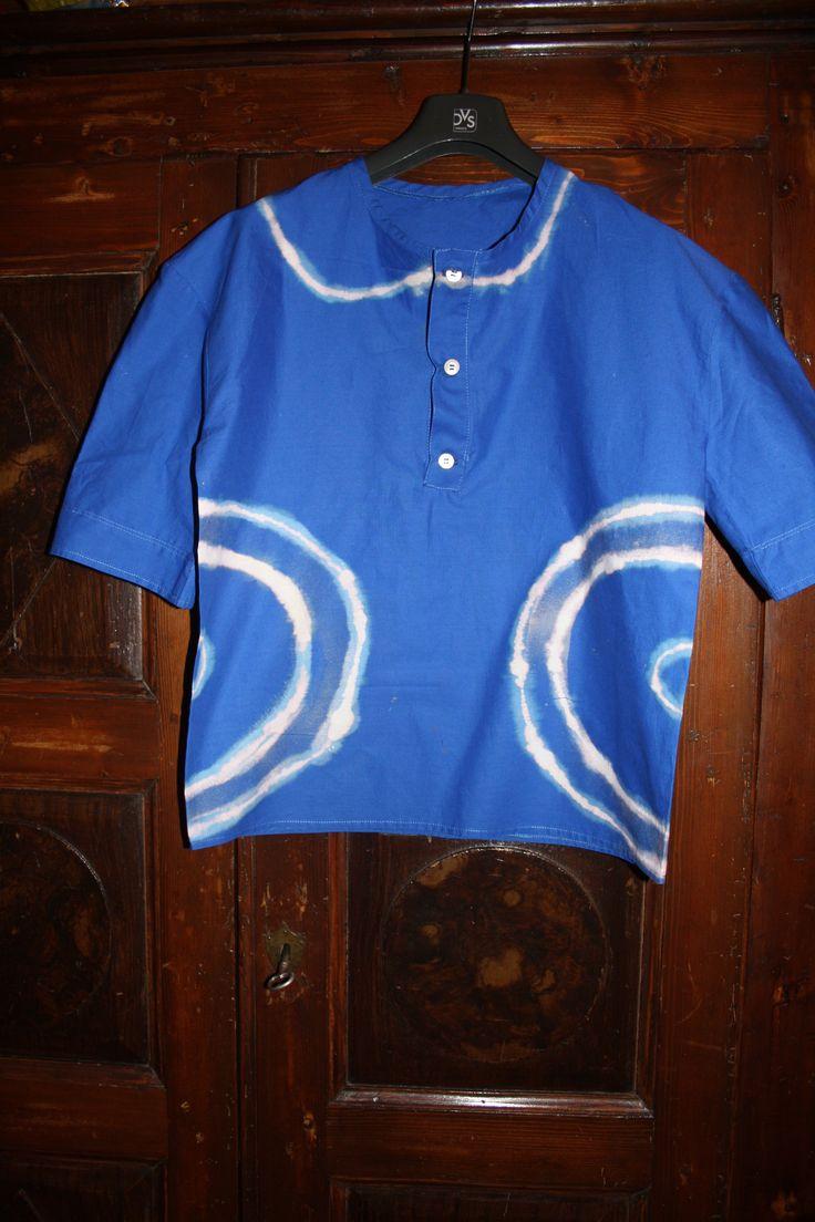 Maglia su commissione ispirata ad una indossata da Jim Morrison. Prima versione:cotone blu e candeggina.