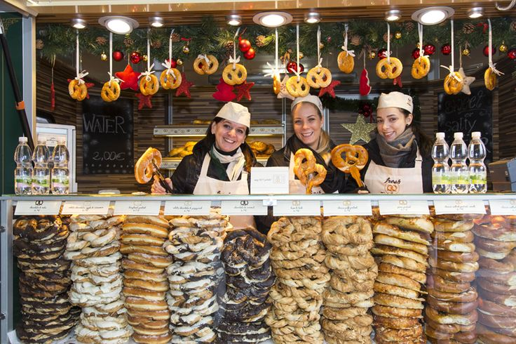 Hungry?! Try a special pretzel - maybe with cheese, sugar or just a basic one.  #DesignerOutletParndorf