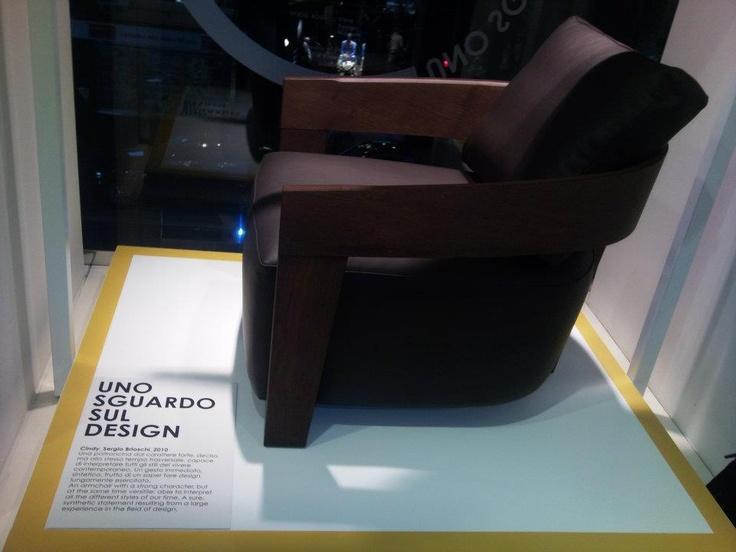 Salmoiraghi & Viganò apre le porte del flagship store di San Babila al design, ospitando l'evento Fuorisalone 2012 di Jesse, industria italiana con più di 80 anni di esperienza e di cultura nell'ambito dell'arredamento.