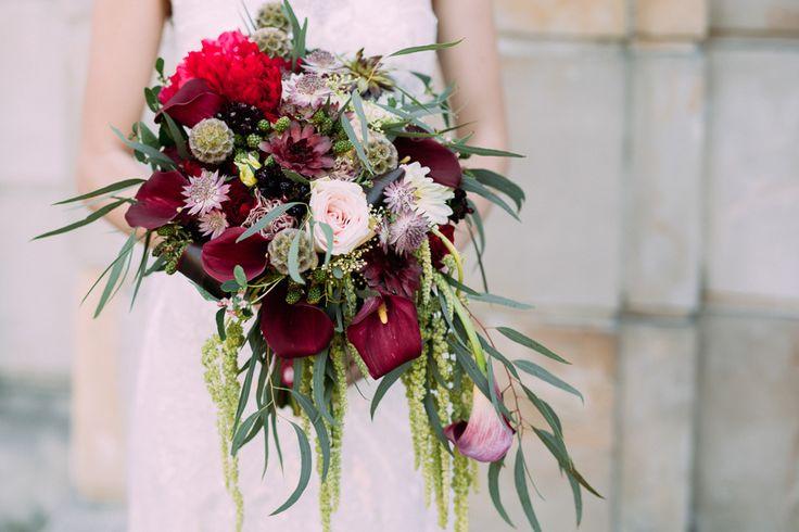marsala wedding / bridal bouquet / bukiet ślubny / fot. Bajkowe Śluby