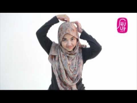 Hijab Tutorial Style 11 by HijUp.com