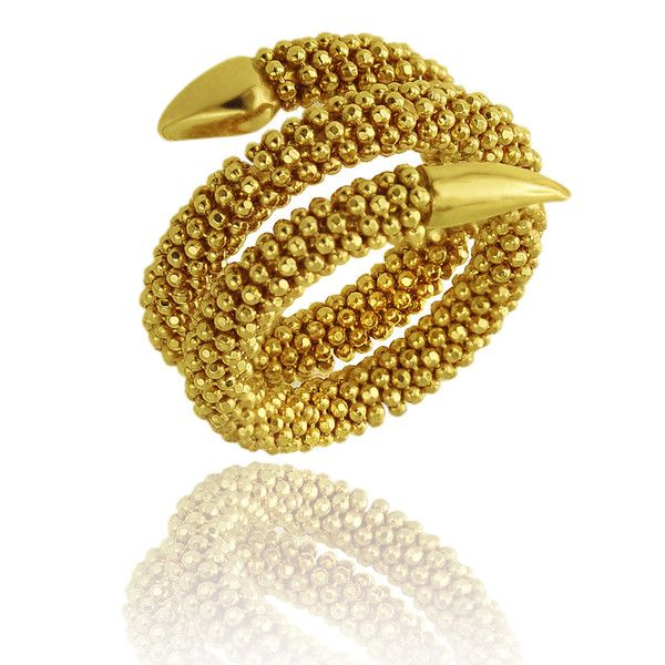 The serpent is the ultimate symbol of temptation and desire. This beautiful ring is made from pure italian 18K gold of the highest quality and will for sure make your look both luring and attractive.