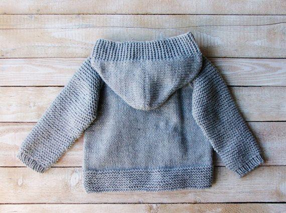 Ropa de bebé niño niño niños gris con capucha por SilverMapleKnits