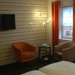 HRS - HOTEL RESERVATION SERVICE - Rüdesheim am Rhein - Zum Bären