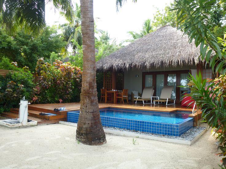 die besten 25 maldiven resort ideen auf pinterest reiseziele auf den malediven hotels auf. Black Bedroom Furniture Sets. Home Design Ideas