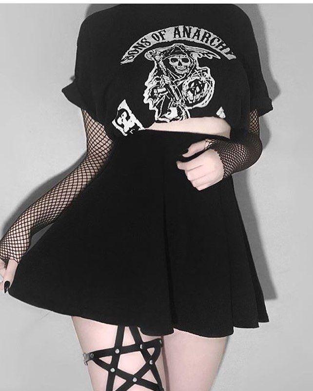 What is your fav film? @lucxfurr • • • #grunge #palegrunge #softgrunge #darkgrunge #girl #tumblrgirl #grungegirl #tumblr #black #fashion…