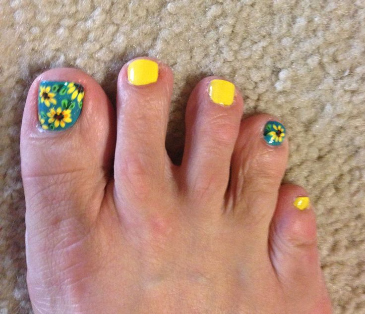 sunflower toenail art luanne
