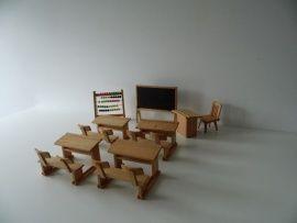 puppenstubenmöbel ddr   Houten meubelen klaslokaal voor poppenhuis (Art.14-1267)