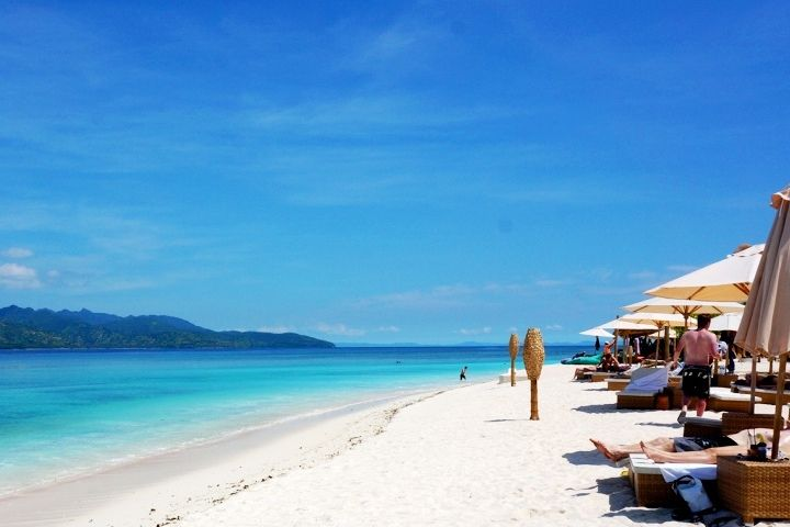 Gili Trawangan - beach outside Vila Ombak | INDONESIA ...