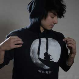 I like Hoodies, Dragons, the Moon and the color Black. So I just LOVE this Hoodie!
