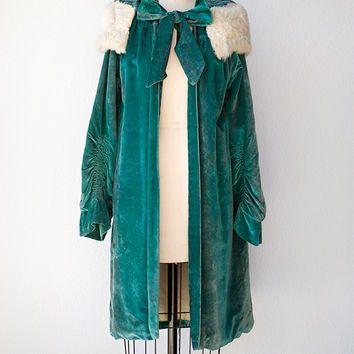 vintage 1920s teal velvet opera coat with fur collar [Laurier Velvet Opera Coat] -