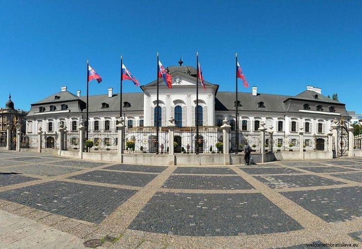 OPEN DOOR AT THE PRESIDENTIAL PALACE - WelcomeToBratislava