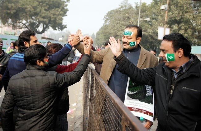 #IndiawithPakistan