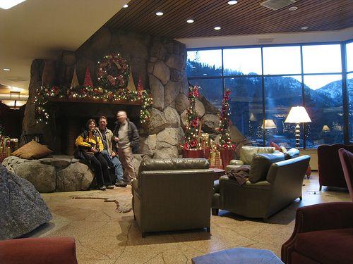 Squaw Valley Tahoe Cabin Retreat / http://www.sleeptahoe.com/squaw-valley-tahoe-cabin-retreat-22/