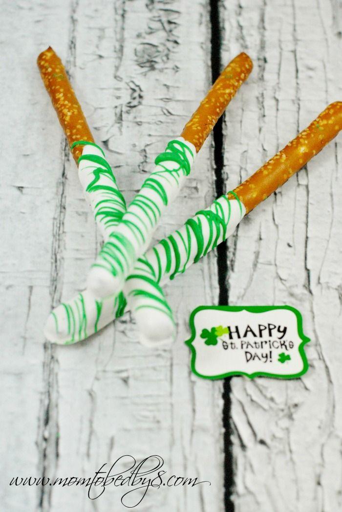 St. Patrick's Day Candy Coated Pretzel Rods #Recipe