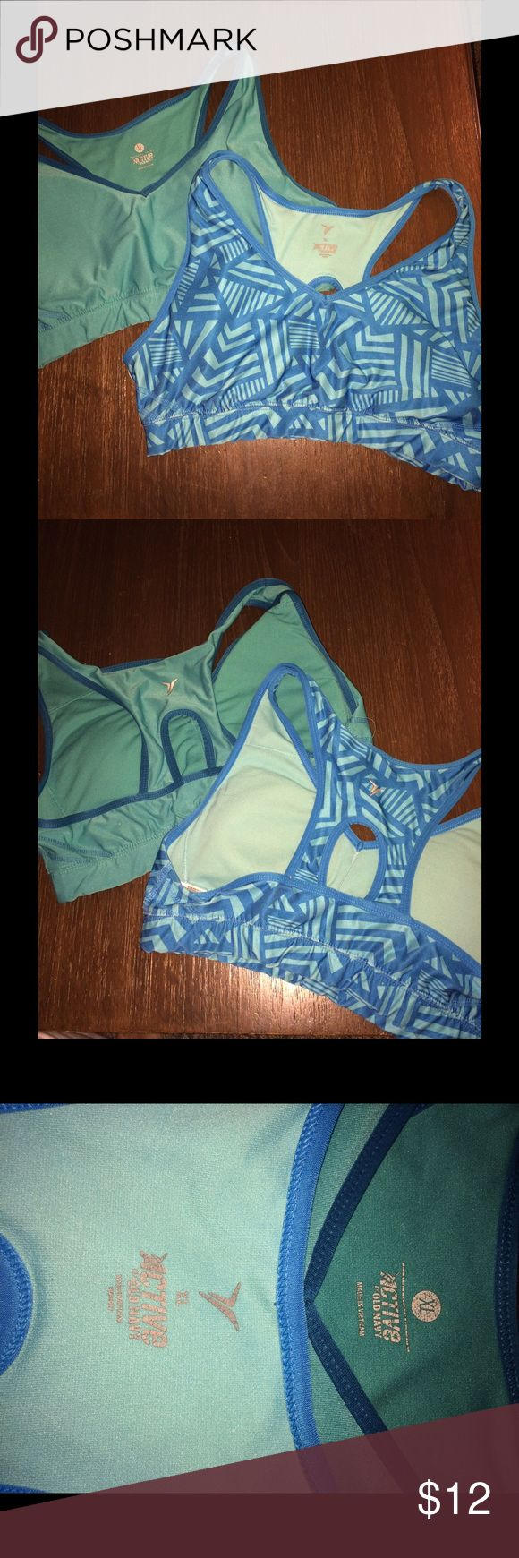 2 Old Navy Sports Bras 2 Old Navy sports bras size XL. Good condition. Smoke free home. Old Navy Intimates & Sleepwear Bras