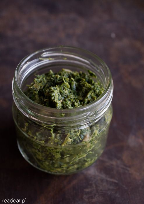 Kale pesto with porcini and rosemary