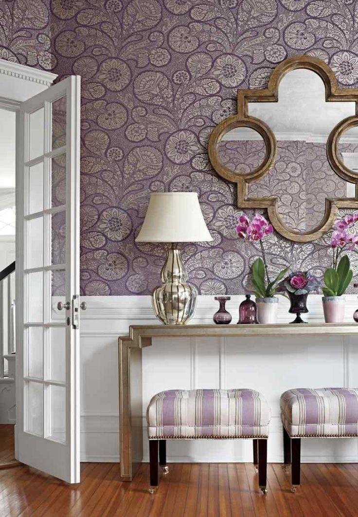 décoration murale couloir en papier peint à motifs floraux