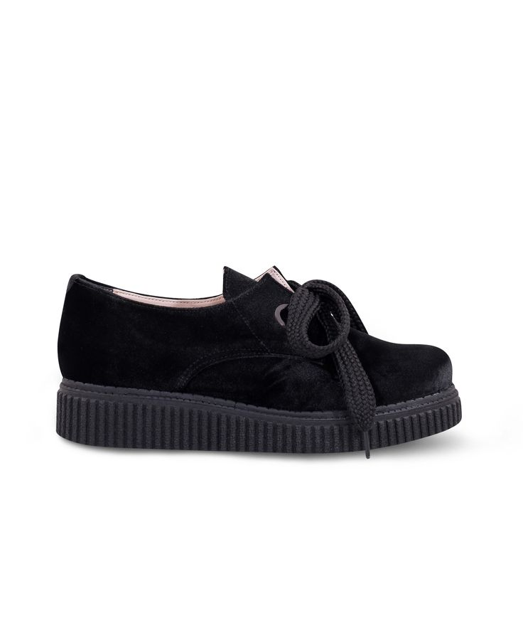 Meraki Creeper Oxford in a velvet way... Black