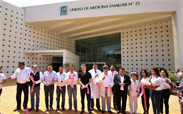 Reabrieron Unidad de Medicina Familiar número 25 en Tuxtla Gutiérrez afectada por sismo del 7/09/2017 - http://plenilunia.com/novedades-medicas/reabrieron-unidad-de-medicina-familiar-numero-25-en-tuxtla-gutierrez-afectada-por-sismo-del-7092017/46927/