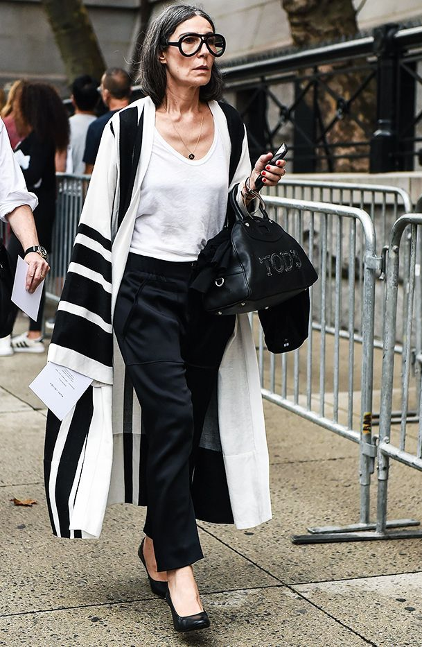Only Wear Black And White You Ll Love These 7 Monochrome Outfits Black White Outfit Everyday Fashion Outfits Fashion