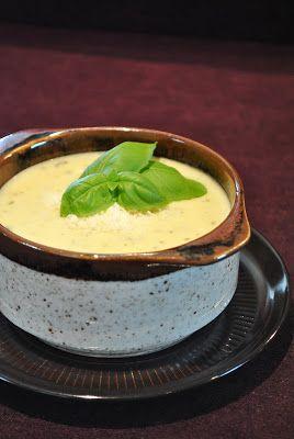 Küchenzaubereien: Parmesansuppe