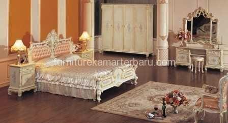 Set Tempat Tidur Penganti Desain Italy | Kamar Pengantin | Jual | Harga | Terbaru | Kamar Set Pengantin | Tempat Tidur | Online | Offline | Modern | Jati | Mebel Jepara | Furniture Jepara | Furniture Kamar Pengantin