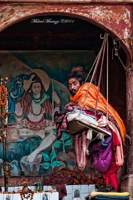 Swinging Varanasi #seatsofthegoddess