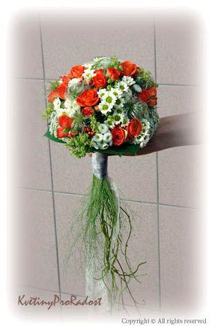 svatební kytice do přírody