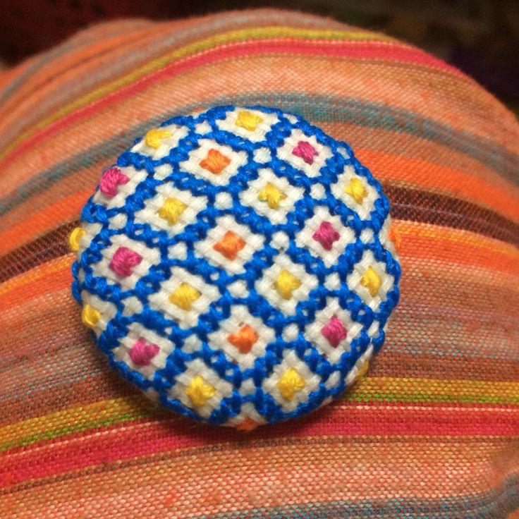 crossstitch / button