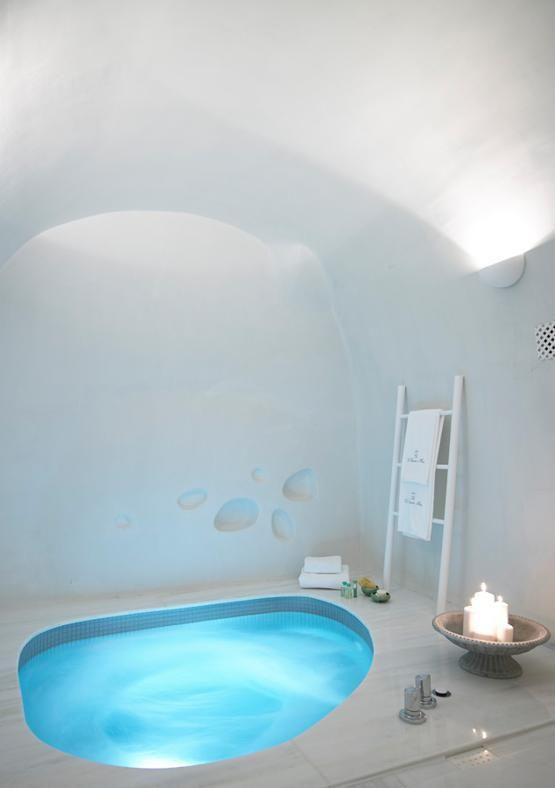 Une maison blanche sur la mer Egée
