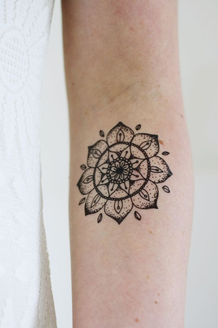 This mandala temporary tattoo looks amazing on your arm or wrist. It's cute and stylish at the same time! A temporary tattoo for any occasion! .........................................................