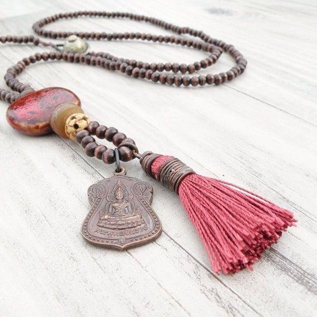 Inspiration for using tassel on a long necklace