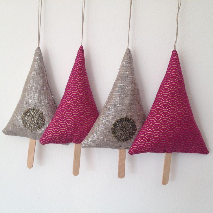 4 sapins d corations de no l en lin lam et tissu for Accessoire de decoration maison