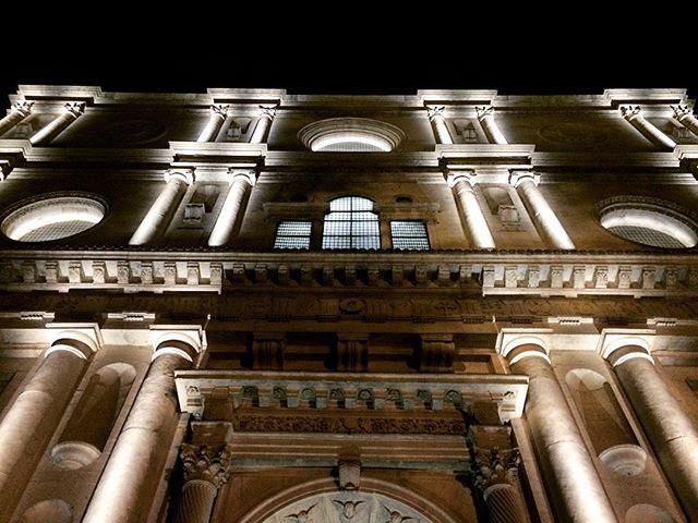 Buonasera dalla facciata della Basilica di San Bernardino da Siena a L'Aquila  Facebook: https://m.facebook.com/profile.php?id=1164132503604130 #scatti_italiani #night #abruzzo #laquila #sanbernardino #in9staabruzzo #church #bestphoto #picoftheday #bestoftheday #follow #followme #follow4follow #followback #vsco #original #vscogood #vscocam #bellaitalia #beautiful #photooftheday #instaart #instagood #instadaily #instalike #instaart #instaphoto #instapic #beauty #tagsforlikes