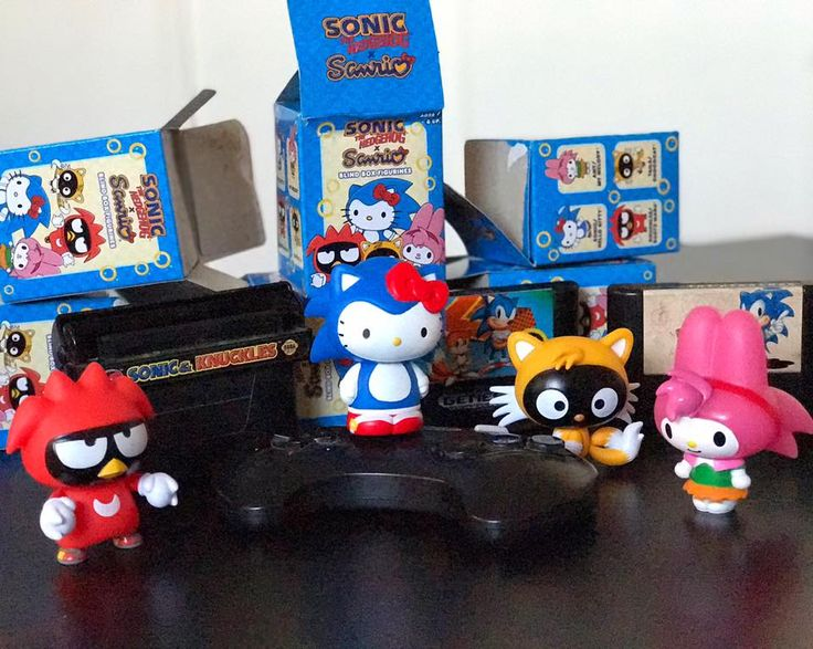 Supercute blind box figurines have arrived! Say hello to Hello Kitty, Badtz-Maru, Chococat and My Melody dressed as your favorite characters from Sonic The Hedgehog.