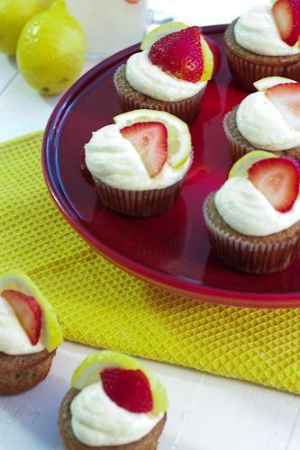 Strawberry Lemonade Cupcakes #SundaySupper