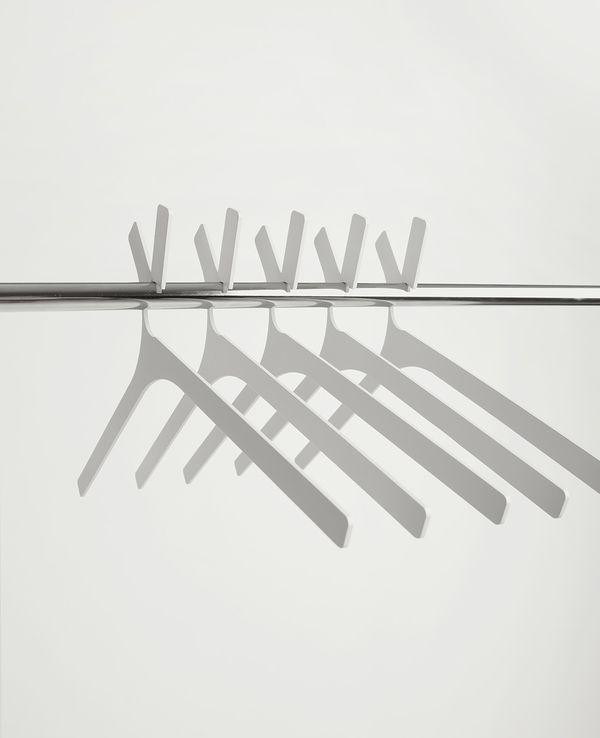 Hanger Doe by Vasiliy Butenko