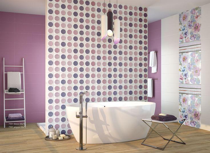 #Baño #Aseo #Lunares #PorcelaniteDos #Serie7501 #Lila #Malva #Morado #CordobaEsp #GrupoUnamacor #BañoModerno Baños con suelos imitación madera y ceramicas de estilo moderno. Es decoración