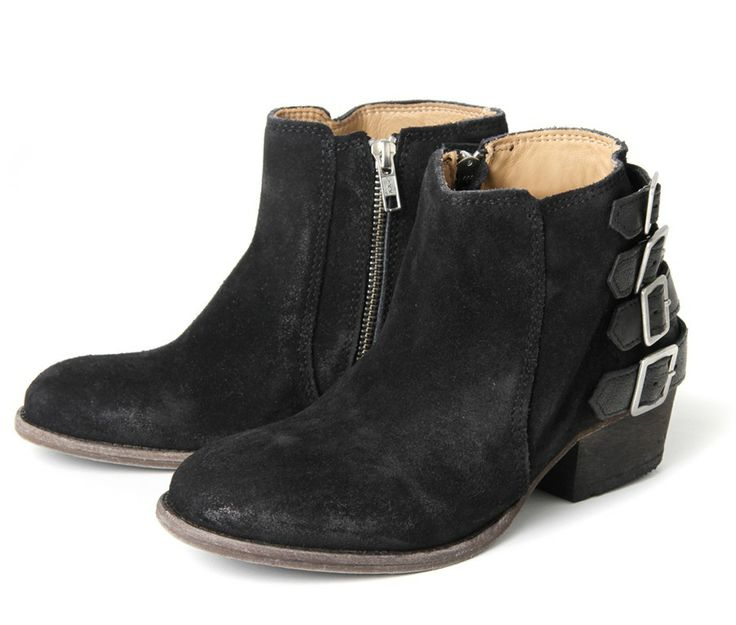 This Hudson superstar has had a make over and reinvented herself ifor the  new season. With Inside zip ankle boot on a leather sole with a cuban heel  in ...