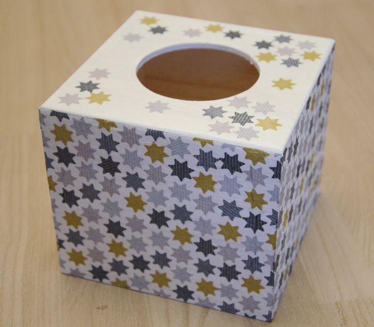 """boite à mouchoirs en bois cube le théme ,,l'etoiles"""" : Accessoires de maison par planete-b"""