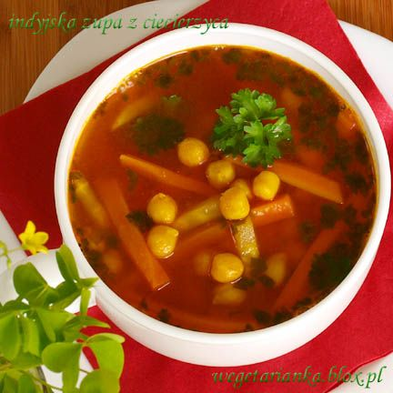 indyjska zupa z ciecierzycą