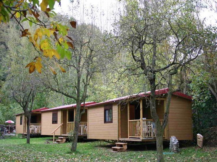 Bungalows Camping El Molino Se encuentra en Vega de Liébana, Cantabria. Camping con bungalows en Picos de Europa Cantabria Con una Naturaleza absoluta