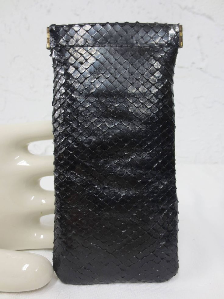 "Vintage 1960's Genuine Black Snake Skin Women's Glasses Pouch Case Purse, 6.5 X 3"", Hinged, Souple"