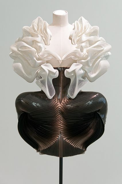 "3D printed dress with complex sculpted structure - cutting edge fashion design; wearable sculpture // ""Escapism,"" Iris van Herpen"
