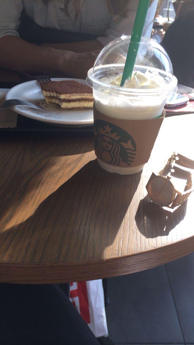 Hot weather-> vanilla frapuccino + very sweet tiramisu